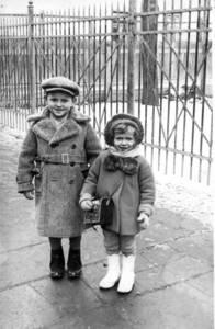Józef Lipman und seine Cousine Rozia Grünspan, 1939. Beide überlebten.
