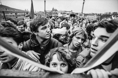 30 Jahre Freiheit. Die Samtene Revolution in Fotografien von...