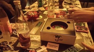 Schnelles strategisches Kartenspiel im Backstage Orwohaus
