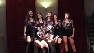 Kostenfreier Tanzkurs für Ladies / Free heels dance class fo...