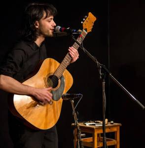 Zhenja Oks | Konzert Gitarre Bouzouki | Dienstag, 25. Juni 2...