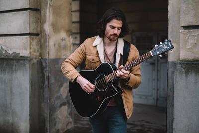 Ben Ball - Singer/Songwriter