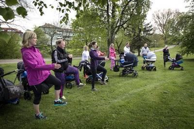 Gratis Mama-Baby Workout im Park