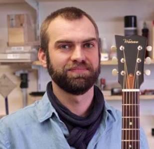 Wateau Guitars: Gitarrenbauer in Berlin macht kostenlose Ers...