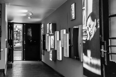 Brecht-Haus, Chausseestrasse 125, Durchgang. Foto: P. Lutz