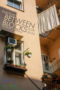 BETWEEN BLOCKS - Fotoausstellung zu Belgrad
