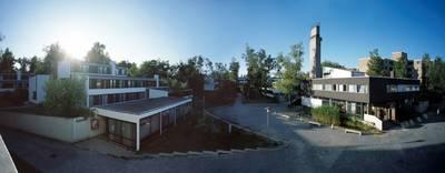 Dauerausstellung im Studentendorf Schlachtensee von Mila Hac...