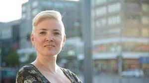 """Meike Stoverock liest aus ihrem Buch """"Female Choice: Vom Anf..."""