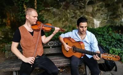 Virtuosen der Gitarre + Geige Tango, Folklore + klassische R...