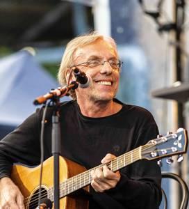Gitarrenkonzert mit Eberhard Klunker