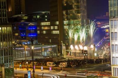 Chinesisches Neujahrsfest 2019: Feuerwerk mit Lasershow nich...