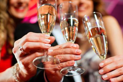 Mädelsabend - kostenlose Dildoparty bei Dir zuhaus