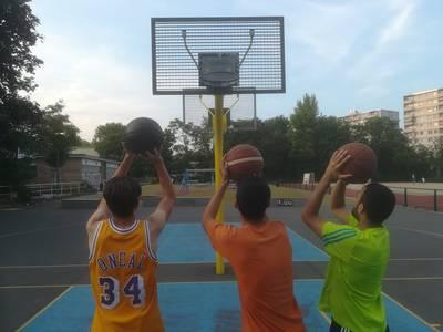 Stark im Park -->Streetball/Basketball