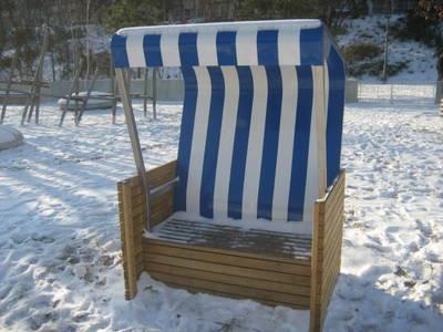 Anbaden + Strandkorbsitzen: Saisoneröffnung im Strandbad Wan...