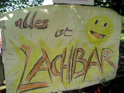 Lachen im Park - Wellness mit Lachyoga