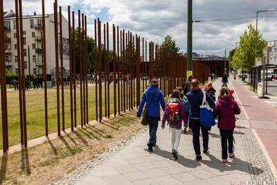 """Kinderführung """"Wer will Mauer-Experte werden?"""""""