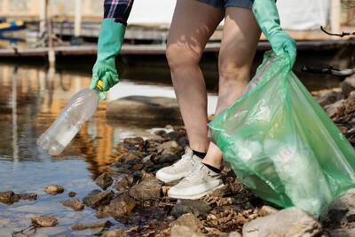 Spandauer packt's an – Clean Up auf der Flussinsel Pichelswe...