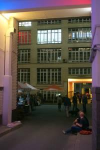 Nacht & Tag in den Gerichtshöfen - Offene Künstler-Ateli...