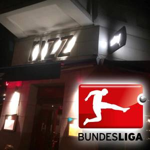Sky Bundesliga sonntags in Kreuzberg Graefekiez gucken