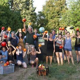 Berliner Freiwilligentage auf dem Weltacker