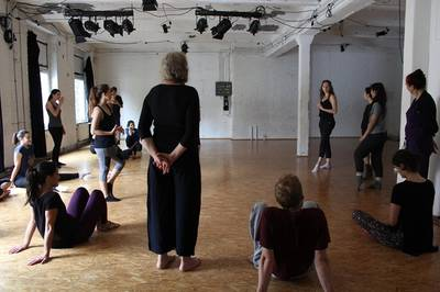 Defining Gender & Femininity: Tanzworkshop mit ATOM-Thea...