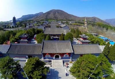 Kulturabend: Der 1400 Jahre alte Yunju-Tempel kommt nach Ber...
