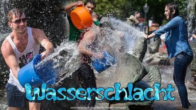 Wasserschlacht im Lustgarten (Mitte)