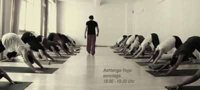 Ashtanga-Yoga Könner Kurs in Schöneberg